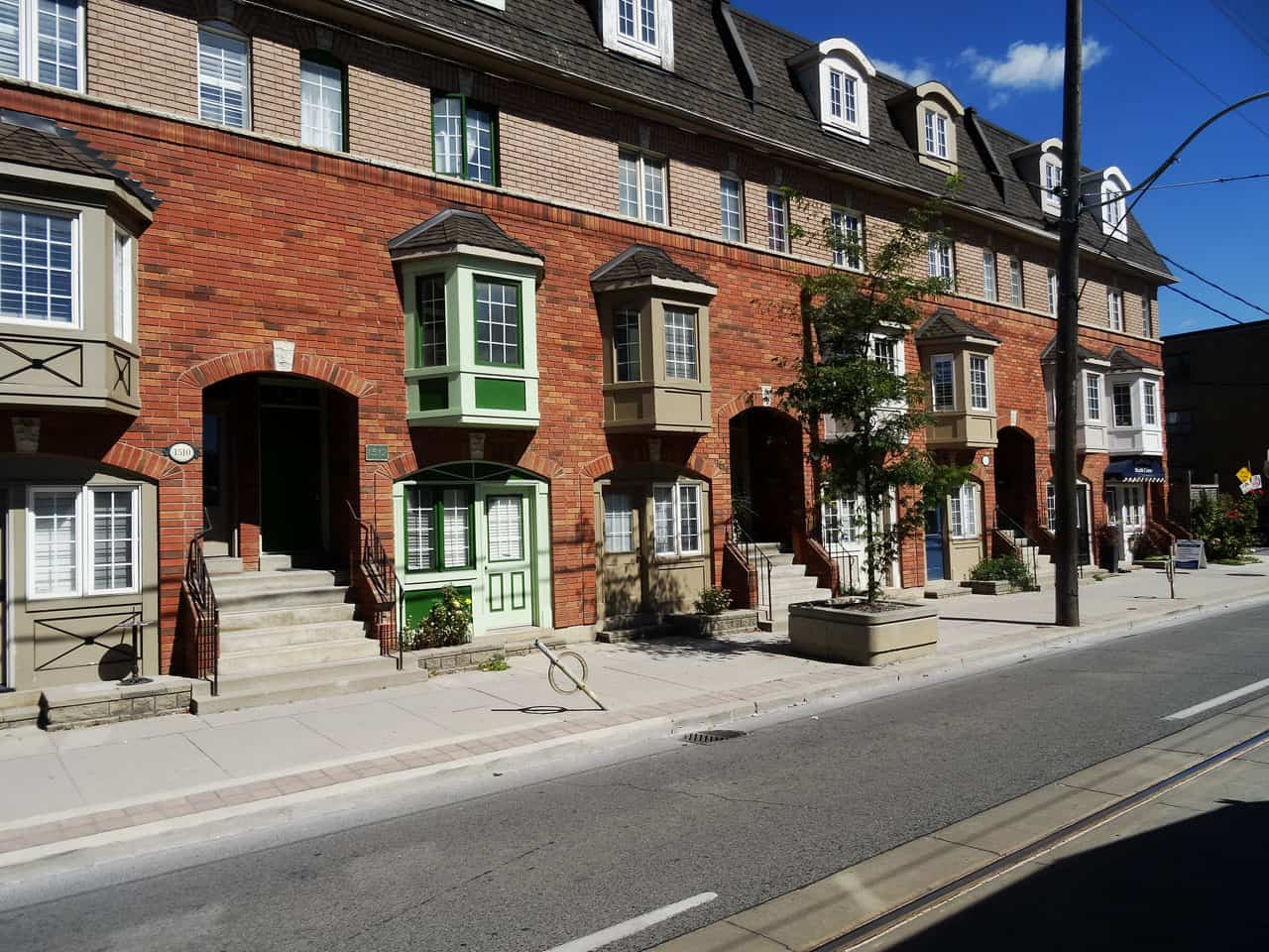 townhomes in leslieville toronto